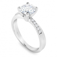 Solitaire ring twisting