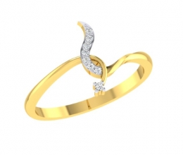 Gold ring and delicate diamonds
