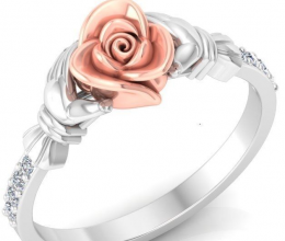 Gold ring and diamonds in flower design