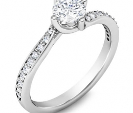 A luxuriously designed twist engagement ring