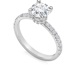 Classic engagement ring exclusive design