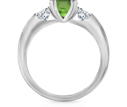 Triple ring - central gemstone