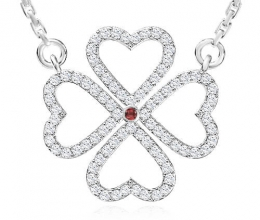Clover pendant gold and diamonds