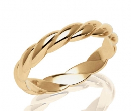 A kosher wedding ring for a woman